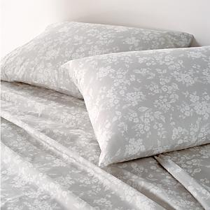Sparrow & Wren Relaxed Wash Floral Standard Pillowcase, Pair - 100% Exclusive thumbnail 1